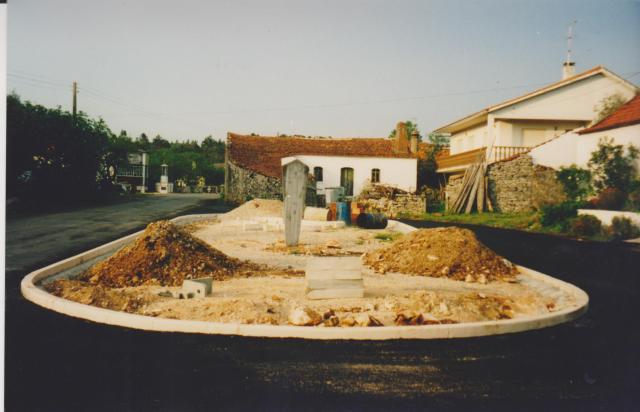 monumento-no-casal-duro-2